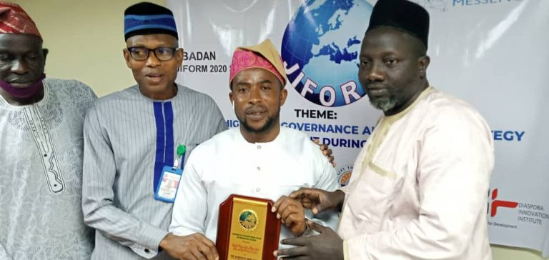 From L-R: Vice President, Nigeria Union of Journalists, Mr Cosmos Oni; Prgramme Manager of Pensioners FM, Ibadan, Dr Babatunde Tiamiyu while presenting the Best Broadcast Media Award to Adedayo Adelowo (3rd) of Federal Radio Corporation of Nigeria while the Executive Director of Synergy Rescue Mission, Alhaji Adefemi Abdulsalam during the 2nd edition of JIFORM Global Summit in Ibadan Oyo State on October 16, 2020